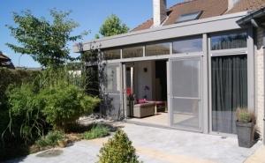 Wij zijn gespecialiseerd in veranda's, pergola's en woonuitbreidingen in de meest uiteenlopende stijlen.