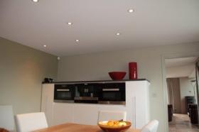 Badkamer En Keuken : Een spanplafond voor uw keuken of badkamer